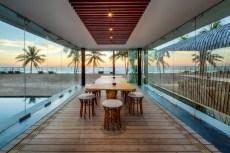 Iniala-beach-house-dining-area