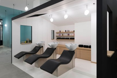 Le-Coiffeur-Hair-Salon-in-Marseille-by-Margaux-Keller-and-Bertrand-Guillon-13