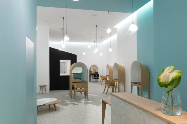 Le-Coiffeur-Hair-Salon-in-Marseille-by-Margaux-Keller-and-Bertrand-Guillon-16