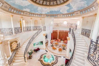 Luxury-Palm-Royale-property-for-sale-8