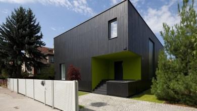 Photo of Fekete kocka ház Lengyelországban