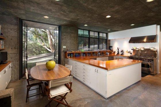 steve-martins-kitchen-f1bcc6-1024x682