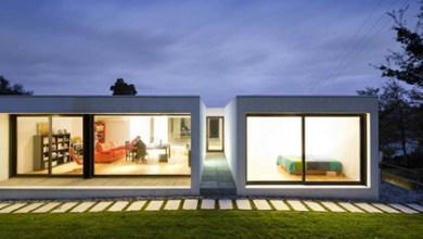 Photo of Minimál stílusú hőtárolós családi ház építése 350 ezer forintos bruttó (ÁFÁS) négyzetméter áron