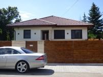 Göd, kulcsrakész acélszerkezetes családi ház