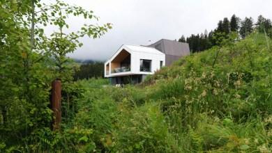 Photo of Hegyi menedék a család számára az Alpokban
