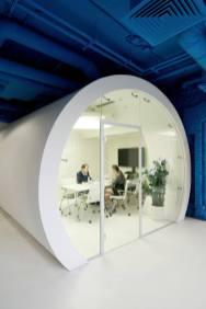 OPTIMEDIA-Media-Agency-Office-by-Nefa-Architects-1
