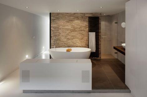 Floating-Amsterdam-home-basement-bathroom-design