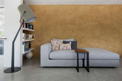 Floating-Amsterdam-home-modern-floor-lamp-in-social-area