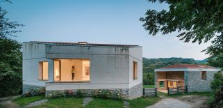 Casa-TMOLO-conversion-main-house-and-stable