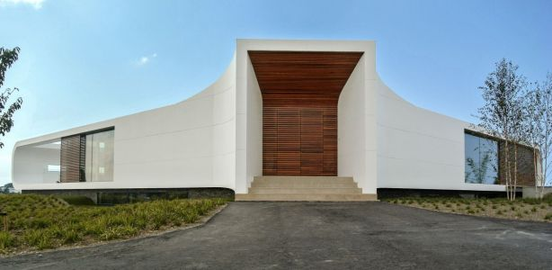Villa-New-Water-by-Waterstudio.NL-entrance
