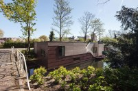 architecture-modern-houseboat