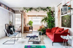 1-exposed-structural-elements-apartment-renovation