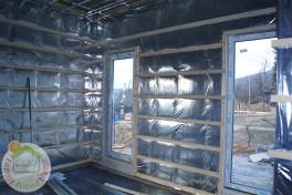 Könnyűszerkezetes családi ház belső párazárása és lécváz szerkezete a gipszkarton fogadására