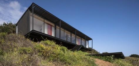 exterior-modern-remote-house