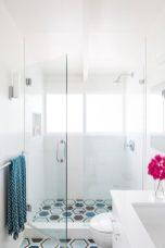 Cool-breezy-bath-design-by-Susie-Herr-900x1350