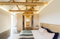 barn-renovation-by-David-Nossiiter-Architects-bedroom-suite
