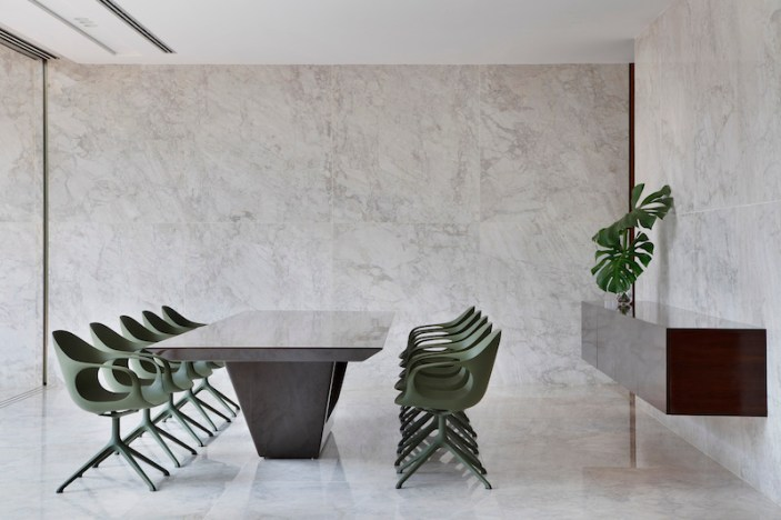 An-House-features-marble-in-the-interior-dining-area
