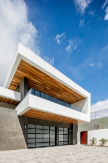 Ascaya-development-features-clean-and-simple-lines-and-contemporary-architecture