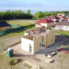 Acélszerkezetes családi ház drón fotói