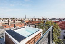 Photo of Berlini lakás pezsgőfürdővel a tetőn