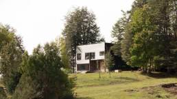 Holiday-home-in-Chile-captures-beautiful-views-of-all-its-surroundings