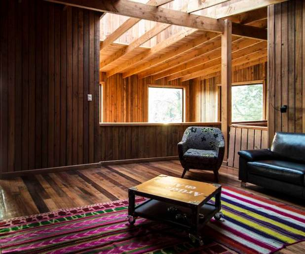 Holiday-home-in-Chile-combines-modern-and-traditional-elements