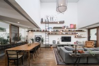 vaulted-ceilig-living-room