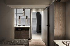 Scene-House-has-a-bar-which-extends-into-the-bedroom