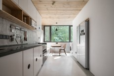 Apartment-reconstruction-in-China-features-a-long-and-linear-layout-