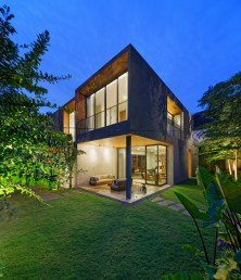 Inside-Outside-House-brings-the-focus-on-nature