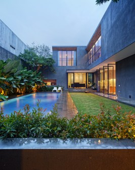 Inside-Outside-House-features-a-courtyard-with-a-pool-