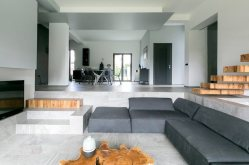 The-Dante-House-is-decorated-with-simple-colors-and-materials