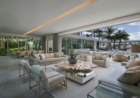 Pine-Tree-Miami-residence-with-a-strong-relationship-with-the-outdoors