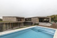 San-Luis-family-home-pool-area