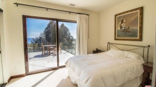 robert-downey-jr-pays-3-8m-for-beachfront-home-in-malibu6