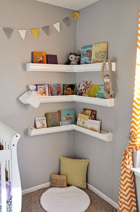 Wall-corner-nursery-room-bookshelf
