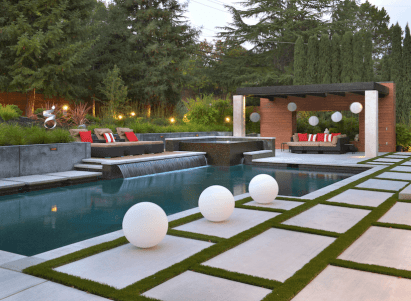 pool-features-water-feature-1