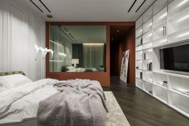 Kiev-Diamond-Hill-Apartment-Bedroom-Interior-design-with-white-furniture
