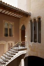 San-Gaieta-Courtyard-Entryway-Stairs