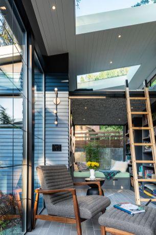 Backyard-Reading-Retreat-Sleeping-Area