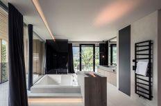 Private-Luxury-Chalet-Purmontes-Bathroom-design