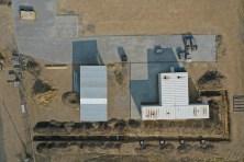 A 4 darab mobil gyárépület és a mobilház madártávlatból