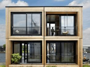 4 daran mobil moduláris szerkezetből készült ház