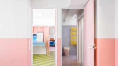 Photo of Nagatachō Apartment: vidám színekkel telt otthon, Adam Nathaniel Furman tervezésében