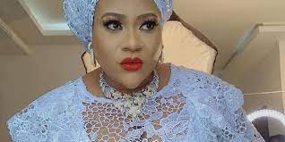Nollywood Actress, Nkechi Blessing Collapses During Mother's Burial