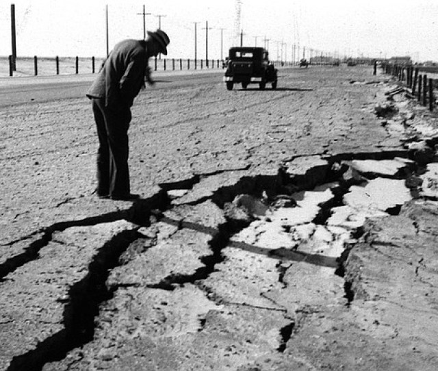 The Long Beach Earthquake On March 10 1933 Left Gaping Cracks In A Road