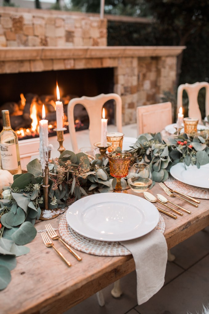 outdoor-elegant-thanksgiving-tablescape