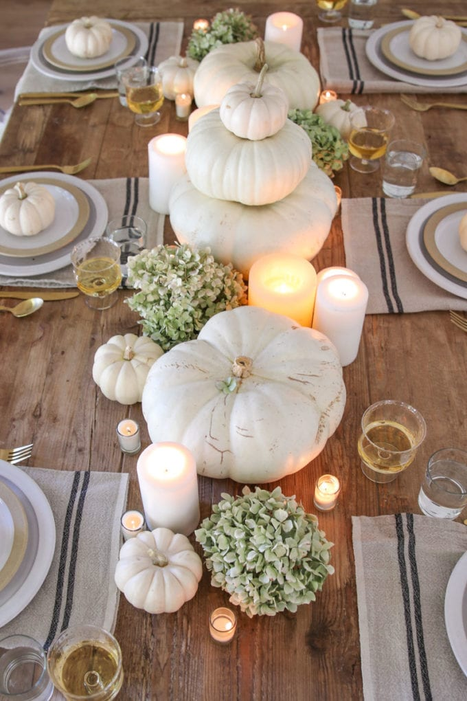 white-pumpkins-thanksgiving-tablescape