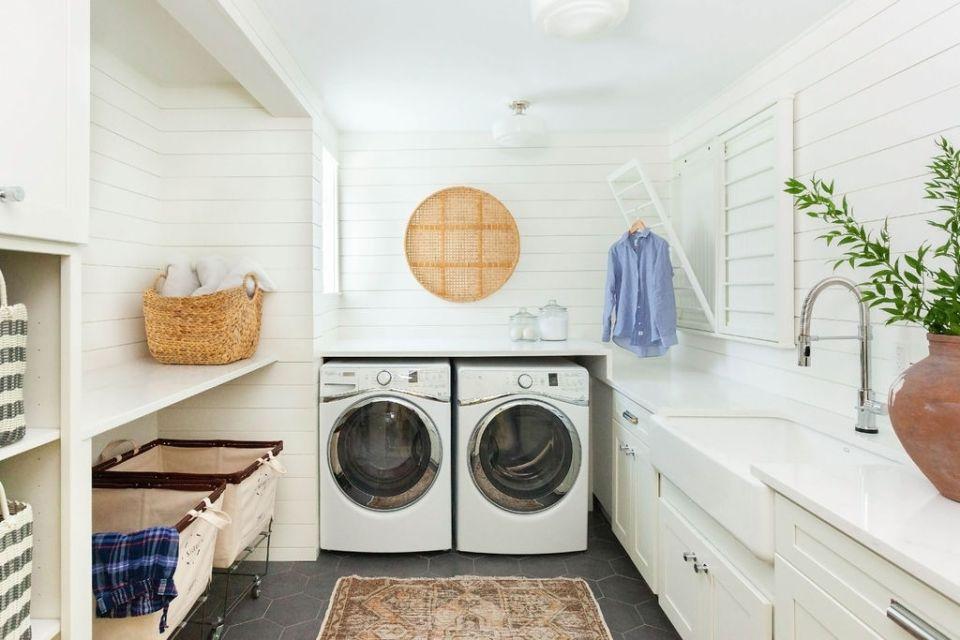 light and modern laundry room design