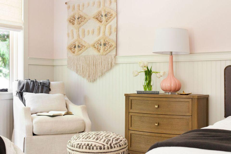 reading corner in tween girls' bedroom